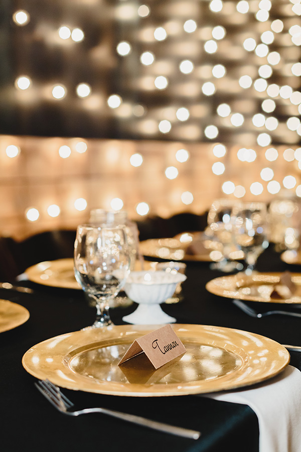 table setting with placecard
